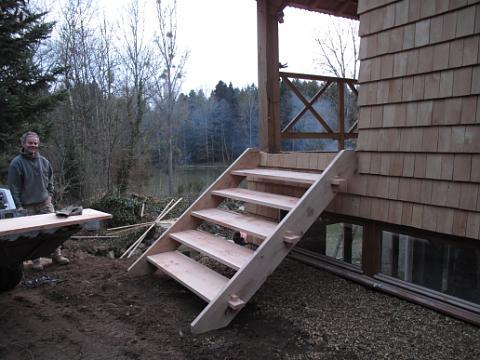 Chateau de digoine buldozer werk bij het jachthuis for Trap buiten hout