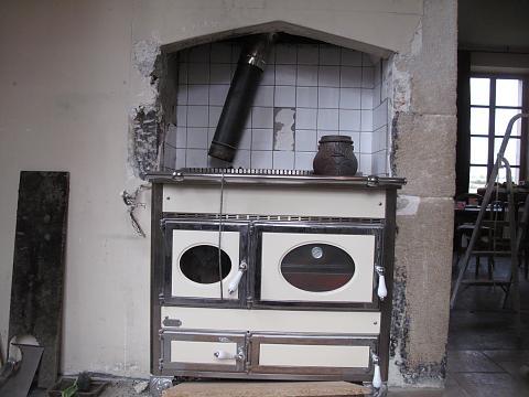 Chateau de digoine natuurstenen schouw bouwen - Hoe een keuken te verlichten ...