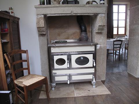 Chateau de digoine   oude ruimte keuken is nu extra kamer